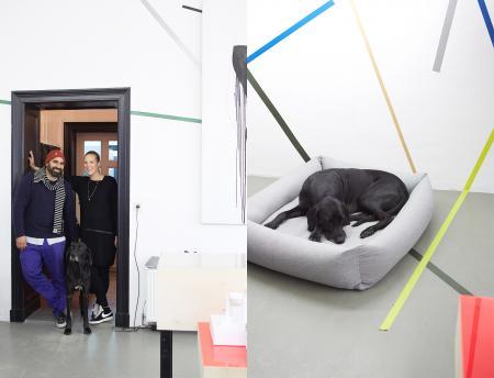 Julia, Ali & Mogli, Mogli with Dog Bed Sleepy Deluxe
