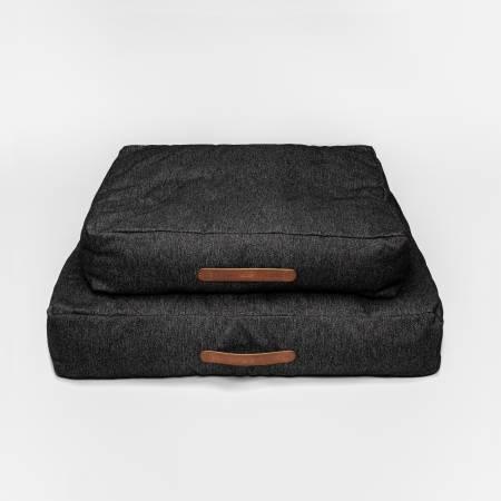 Weiches dunkles Hundebett in zwei verschiedenen Größen