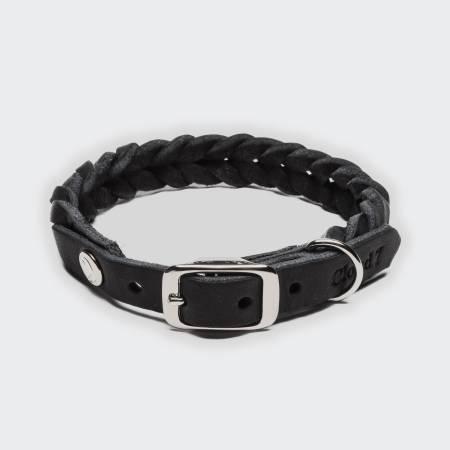 Geschlossenes geflochtenes Lederhalsband aus schwarzem Leder mit silberner Schnalle