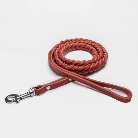 Draped dog leash in red braided leather with silver carabiner and hand loop