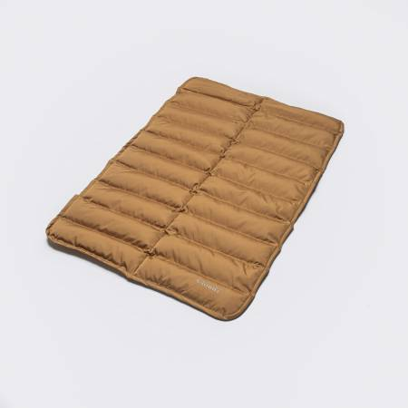 Padded dog mat in camel