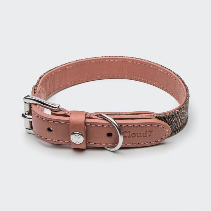 Geschlossenes elegantes Halsband aus braunem Fischgratstoff und rosa Leder