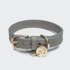 Geschlossenes graues Lederhalsband mit goldener Schnalle