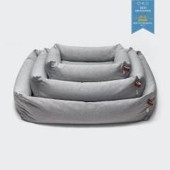 Sustainable dog bed in light grey
