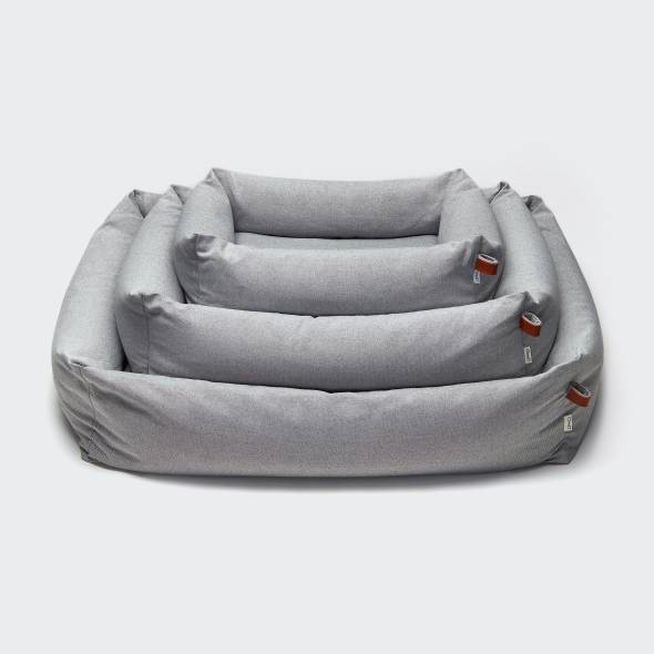 3 dog beds in light grey