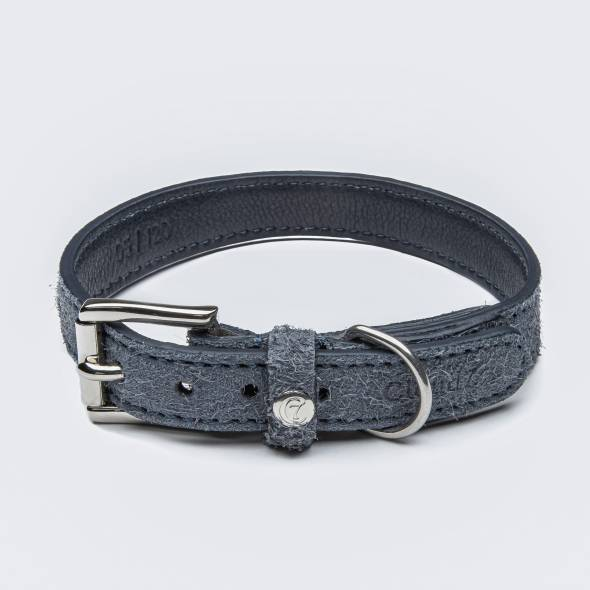 Blue dog collar made of structured suede leather