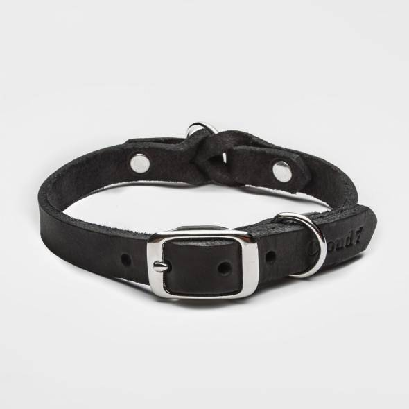 Closed black leather collar with braiding and silver buckle