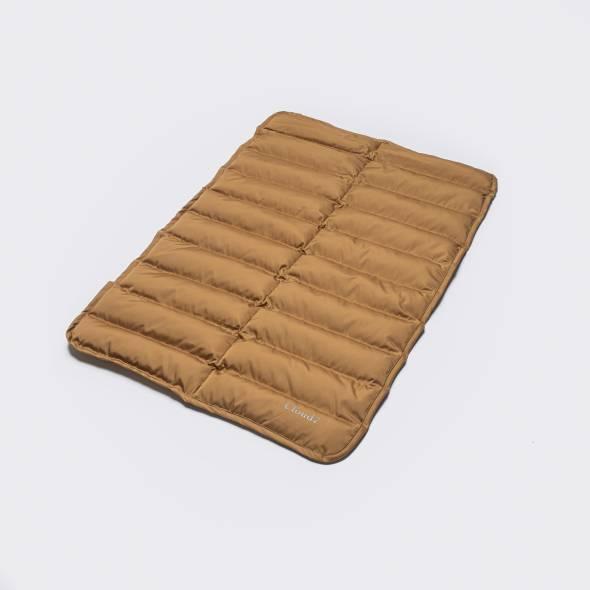 Padded dog mat in camel