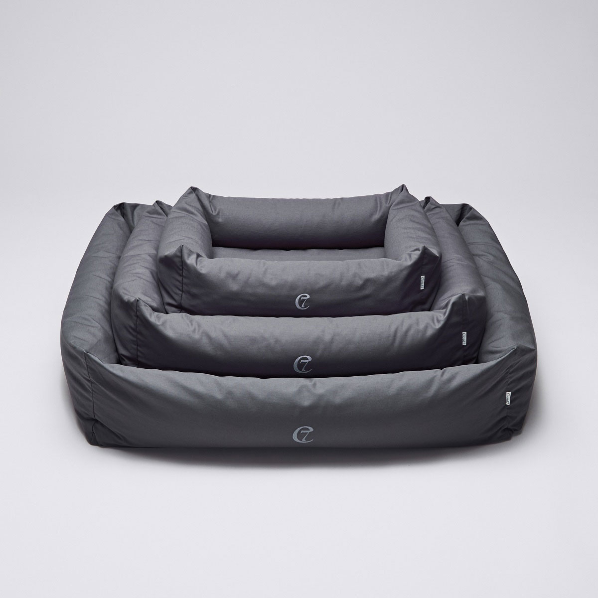 Cloud7 Award Dog Bed